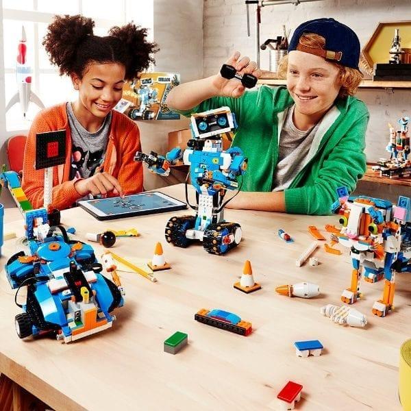 לגו בוסט 17101 - משחק קידוד ורובוטים