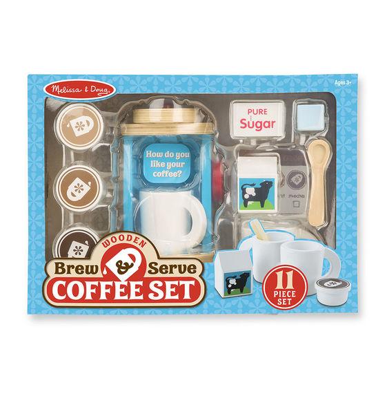 מליסה ודאג סט להכנת והגשת קפה