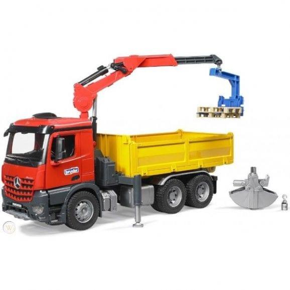 עודפים - משאית מרצדס - זרוע הידרואלית